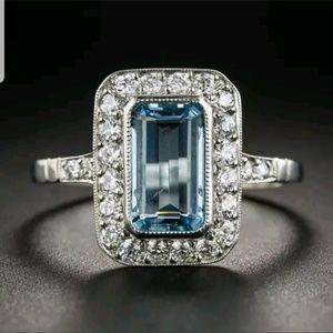 925 Silver Ring Aquamarine center sapphires Clear